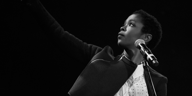 Photo Galleries: Lauryn Hill's NYC Comeback Show