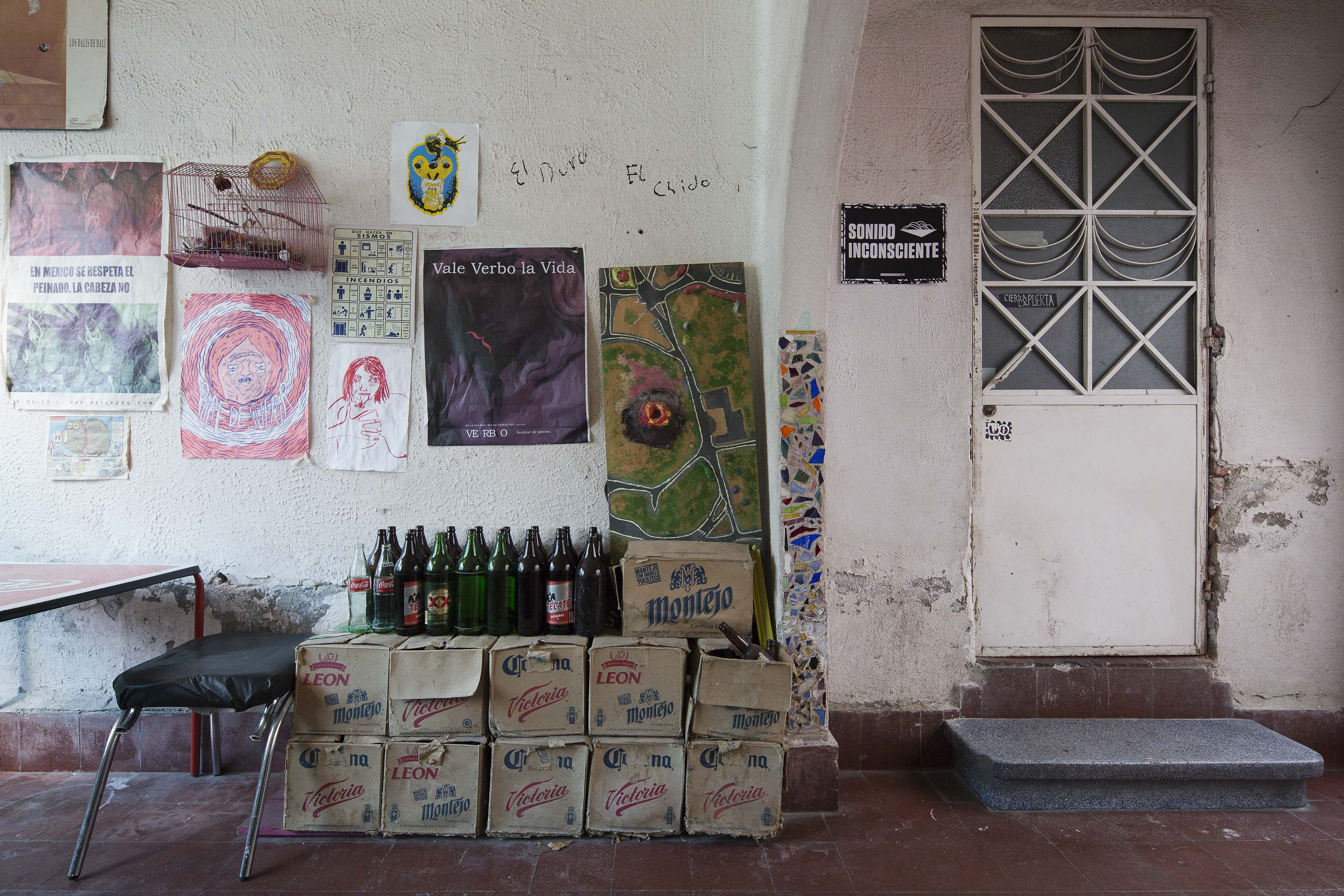 Articles: Living Rooms: Inside Mexico City's Acid House