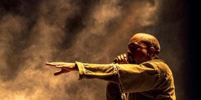 "Kanye West Brings Out Rihanna for ""FourFiveSeconds"" and ""All of the Lights"" at FYF Fest"