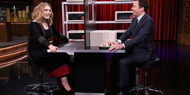 "Adele Performs ""Water Under the Bridge"", Plays ""Box of Lies"" on ""The Tonight Show"""