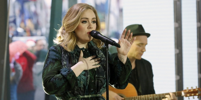 """Adele Performs """"Million Years Ago"""" on """"Today"""""""