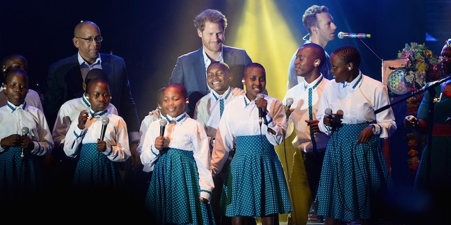 Watch Prince Harry Perform With Coldplay
