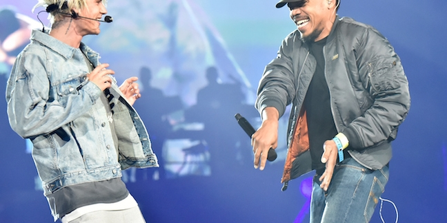 Justin Bieber Performs With Chance the Rapper and Big Sean